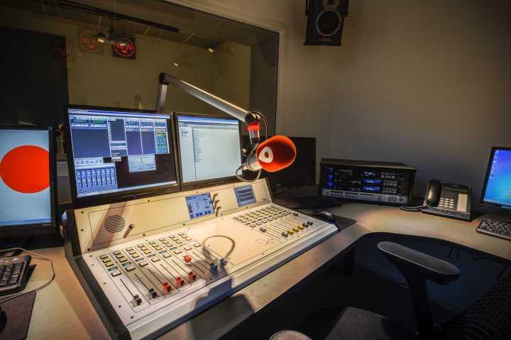 181_radio-studio1-3